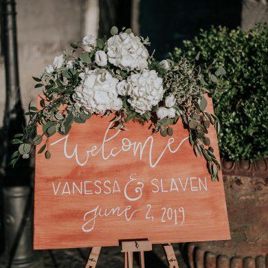 hand-made-wedding-signals