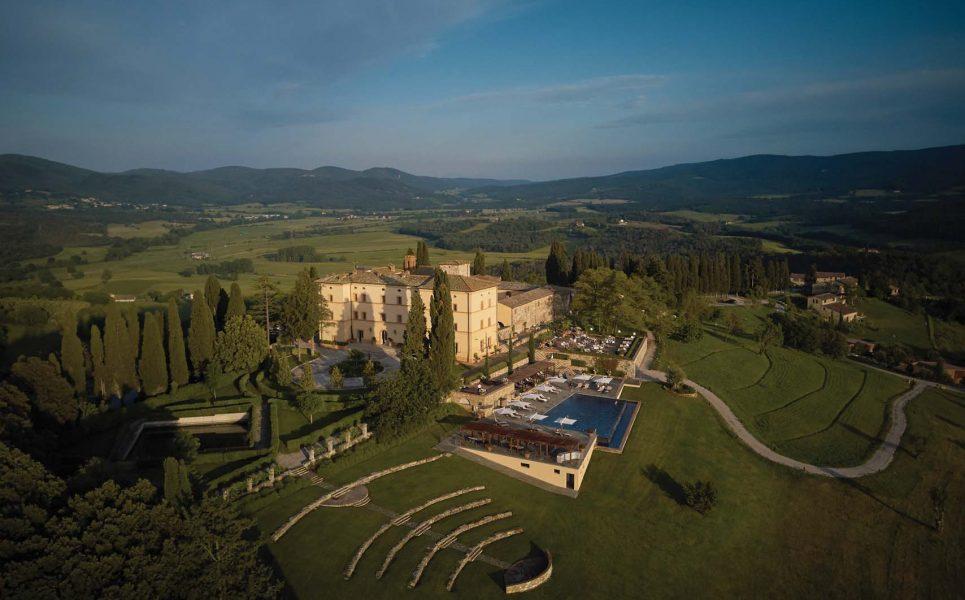 italian-villa-for-a-wedding