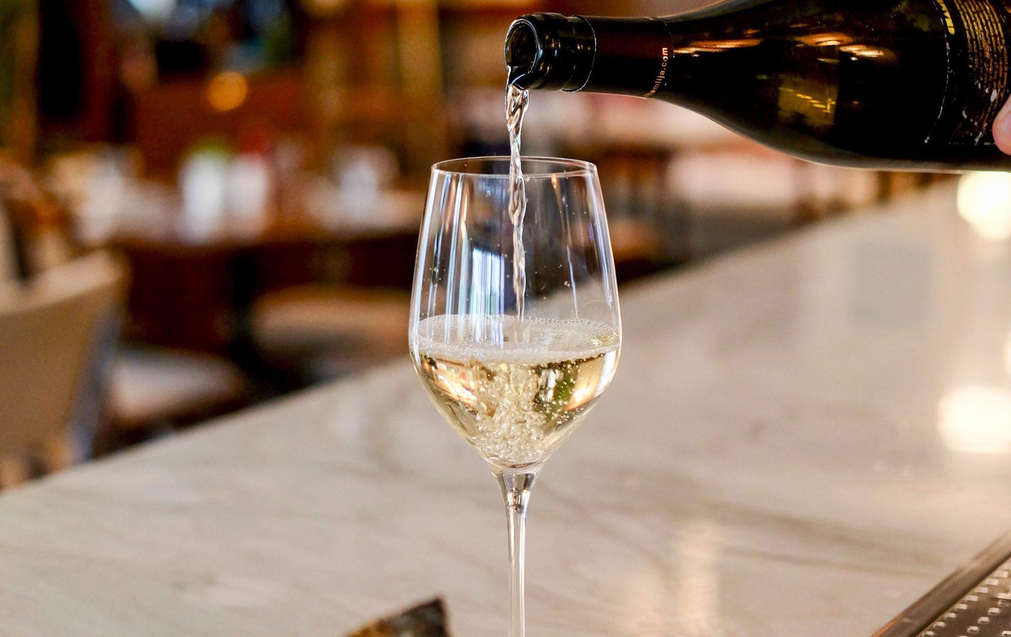 italian-white-wine