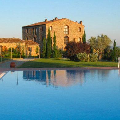 luxury-villa-in-tuscany