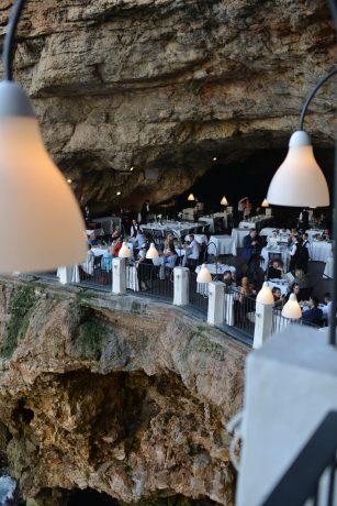 polignano-italy-cave-restaurant