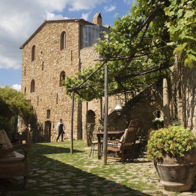 tuscany-villa-wedding-venue