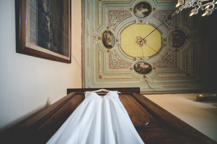 wedding-dress-tuscany-italy